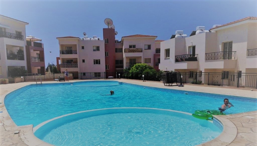 1 BED APT FOR €79,000 NEAR TOMBS OF THE KINGS PAPHOS