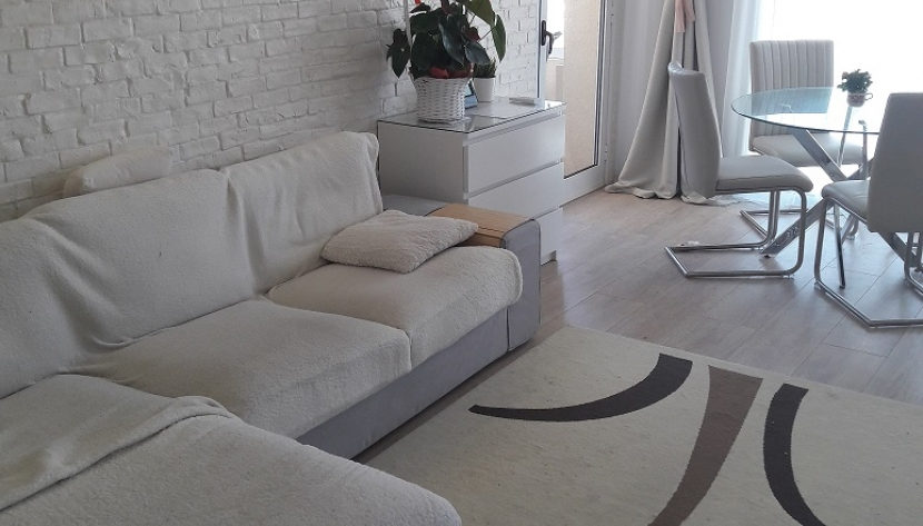 COZY 2 BED APARTMENT NEAPOLIS AREA OF LIMASSOL
