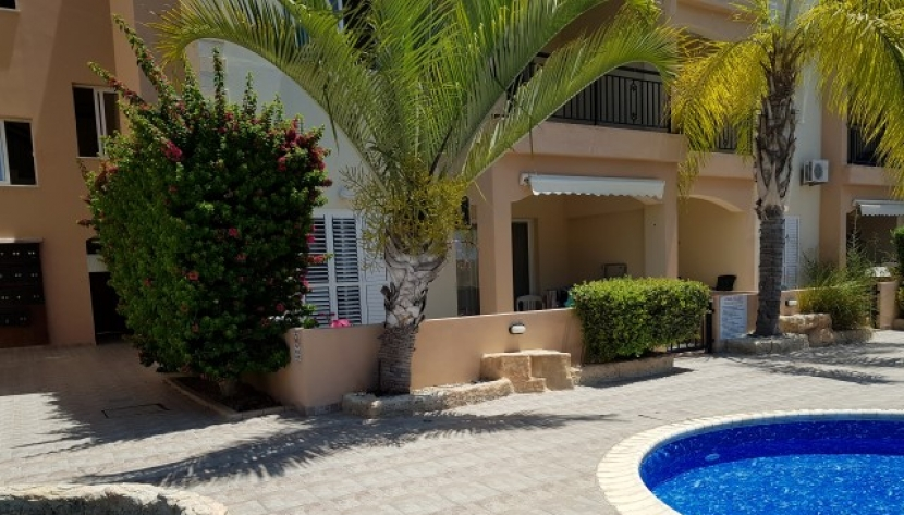 2 BED APARTMENT IN UNIVERSAL AREA PAPHOS