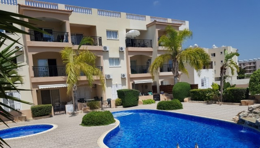 THREE 2 BED APARTMENTS IN UNIVERSAL AREA PAPHOS