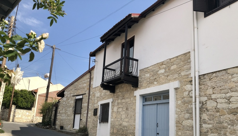 BEAUTIFUL 3 BED TRADITIONAL HOUSE IN DHOROS VILLAGE LIMASSOL