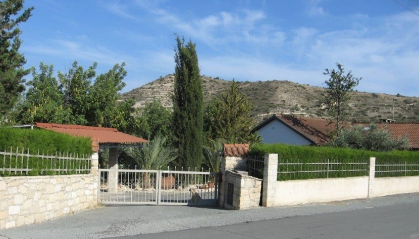 3 BEDROOM COUNTRY VILLA IN PALODIA LIMASSOL