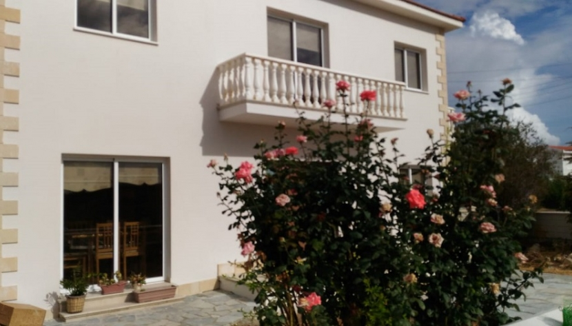 3 BEDROOM HOUSE IN TRACHONI, LIMASSOL