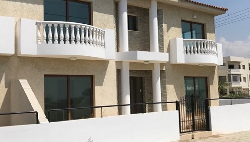 3 BEDROOM SEMI-DETACHED HOUSE IN YPSOUPOLI, LIMASSOL