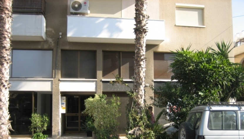 SHOP OFFICE SPACE IN LINOPETRA, LIMASSOL